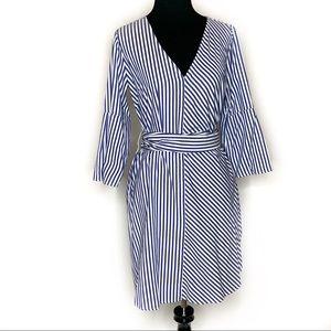 Gap 3/4 Bell Sleeves Tie-Waist Shirt Dress